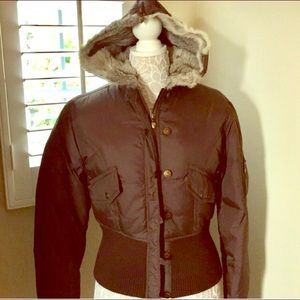 Fall Twisted Heart Brown Downs Jacket Sz Large